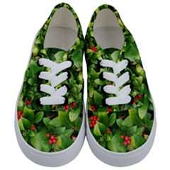 Christmas Season Floral Green Red Skimmia Flower Kids  Classic Low Top Sneakers