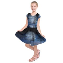 Winter Wintry Moon Christmas Snow Kids  Short Sleeve Dress