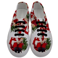 Karl Marx Santa  Men s Classic Low Top Sneakers