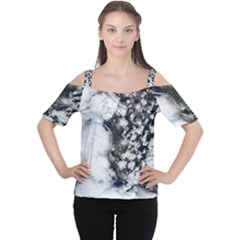Earth Right Now Cutout Shoulder Tee