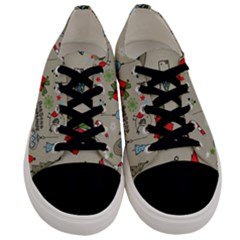 Beautiful Design Christmas Seamless Pattern Men s Low Top Canvas Sneakers