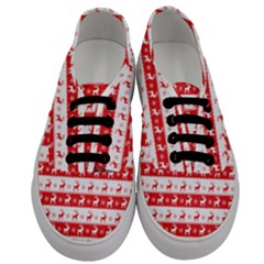 Knitted Red White Reindeers Men s Classic Low Top Sneakers