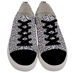 Wavy Intricate Seamless Pattern Design Men s Low Top Canvas Sneakers
