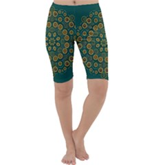 Snow Flower In A Calm Place Of Eternity And Peace Cropped Leggings