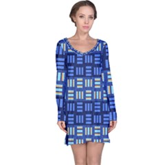 Textiles Texture Structure Grid Long Sleeve Nightdress