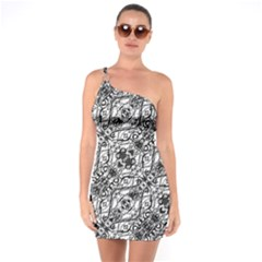 Black And White Ornate Pattern One Soulder Bodycon Dress
