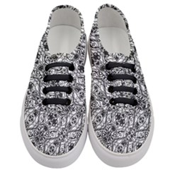 Black And White Ornate Pattern Women s Classic Low Top Sneakers
