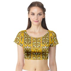 Rain Showers In The Rain Forest Of Bloom And Decorative Liana Short Sleeve Crop Top