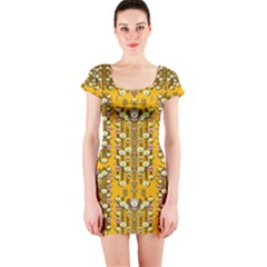 Rain Showers In The Rain Forest Of Bloom And Decorative Liana Short Sleeve Bodycon Dress