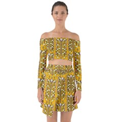 Rain Showers In The Rain Forest Of Bloom And Decorative Liana Off Shoulder Top With Skirt Set