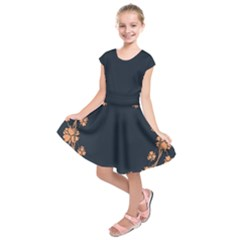 Floral Vintage Royal Frame Pattern Kids  Short Sleeve Dress