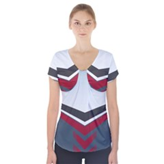 Modern Shapes Short Sleeve Front Detail Top