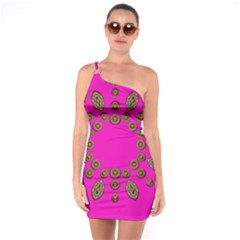 Sweet Hearts In  Decorative Metal Tinsel One Soulder Bodycon Dress