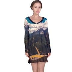 Italy Valley Canyon Mountains Sky Long Sleeve Nightdress