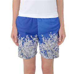 Crown Aesthetic Branches Hoarfrost Women s Basketball Shorts