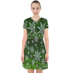 Christmas Star Ice Crystal Green Background Adorable In Chiffon Dress