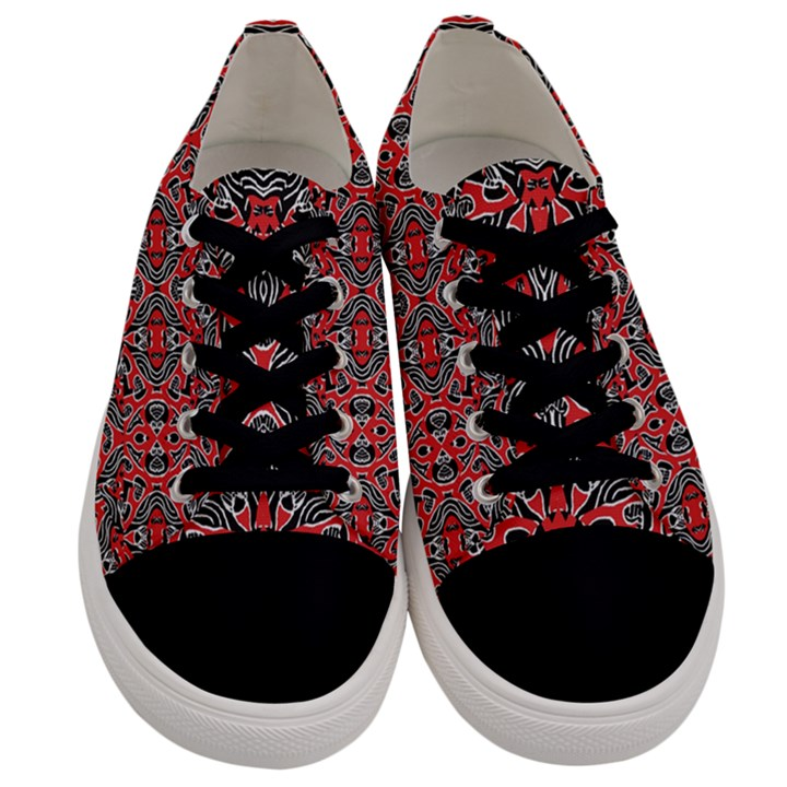 Exotic Intricate Modern Pattern Men s Low Top Canvas Sneakers