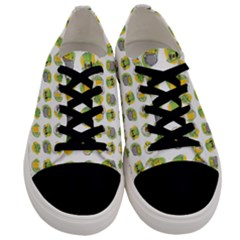St Patrick S Day Background Symbols Men s Low Top Canvas Sneakers