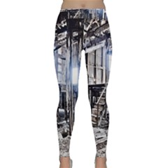 House Old Shed Decay Manufacture Classic Yoga Leggings