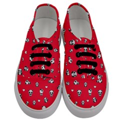 Panda Pattern Men s Classic Low Top Sneakers
