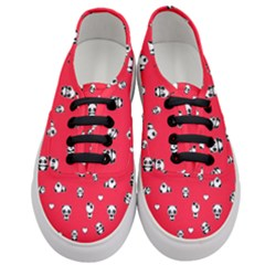 Panda Pattern Women s Classic Low Top Sneakers