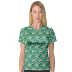Green Fan  V Neck Sport Mesh Tee