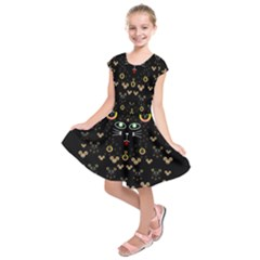 Merry Black Cat In The Night And A Mouse Involved Pop Art Kids  Short Sleeve Dress