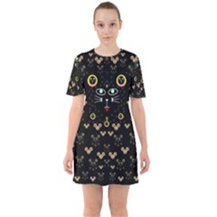 Merry Black Cat In The Night And A Mouse Involved Pop Art Sixties Short Sleeve Mini Dress