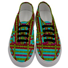 Gift Wrappers For Body And Soul Men s Classic Low Top Sneakers