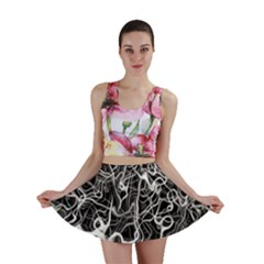 Abstract Pattern Backdrop Texture Mini Skirt