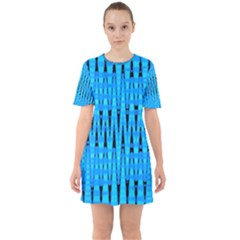 Sharp Blue And Black Wave Pattern Sixties Short Sleeve Mini Dress