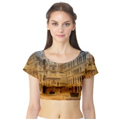 Palace Monument Architecture Short Sleeve Crop Top