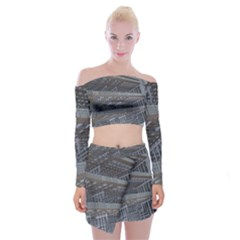 Ducting Construction Industrial Off Shoulder Top With Mini Skirt Set