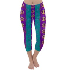 Peace Be With Us This Wonderful Year In True Love Capri Winter Leggings