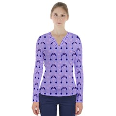 Winter Hat Snow Heart Lilac Blue V Neck Long Sleeve Top