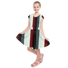 Sitting Kids  Short Sleeve Dress