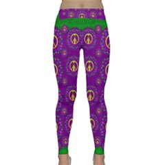 Peace Be With Us In Love And Understanding Classic Yoga Leggings