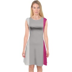 Laura Lines Capsleeve Midi Dress