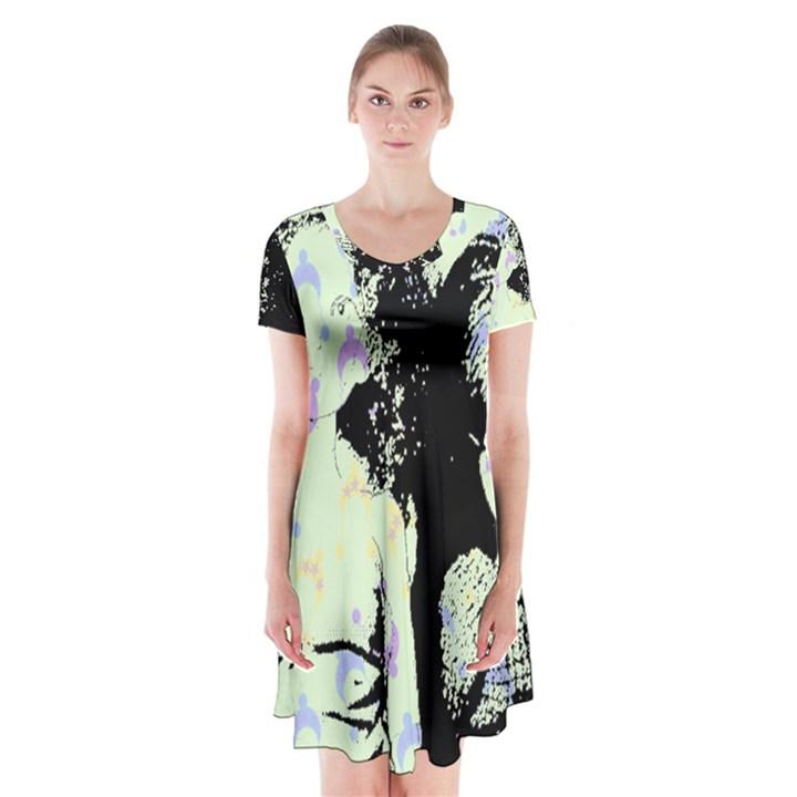 Mint Wall Short Sleeve V-neck Flare Dress