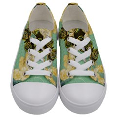 Embrace Shabby Chic Collage Kids  Low Top Canvas Sneakers