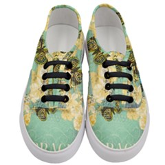 Embrace Shabby Chic Collage Women s Classic Low Top Sneakers