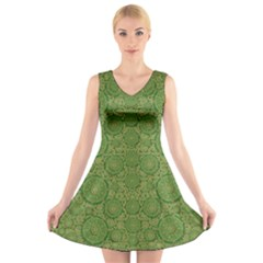 Stars In The Wooden Forest Night In Green V Neck Sleeveless Skater Dress