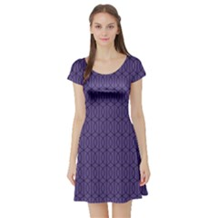 Color Of The Year 2018   Ultraviolet   Art Deco Black Edition 10 Short Sleeve Skater Dress