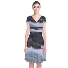 Sightseeing At Niagara Falls Short Sleeve Front Wrap Dress