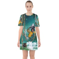 Funny Pirate Parrot With Hat Sixties Short Sleeve Mini Dress