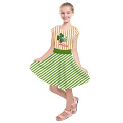 Green & Gold Irish Princess Pattern Kids  Short Sleeve Dress