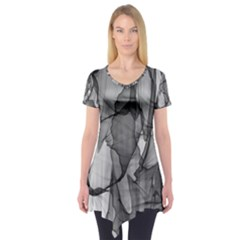 Abstract Black And White Background Short Sleeve Tunic