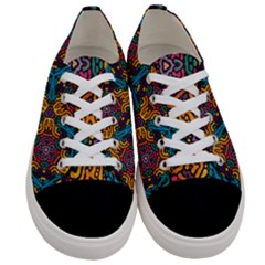 Grubby Colors Kaleidoscope Pattern Women s Low Top Canvas Sneakers