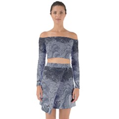 Abstract Art Decoration Design Off Shoulder Top With Skirt Set