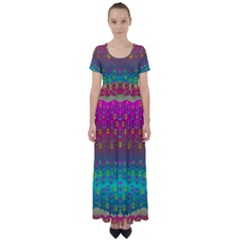 Years Of Peace Living In A Paradise Of Calm And Colors High Waist Short Sleeve Maxi Dress